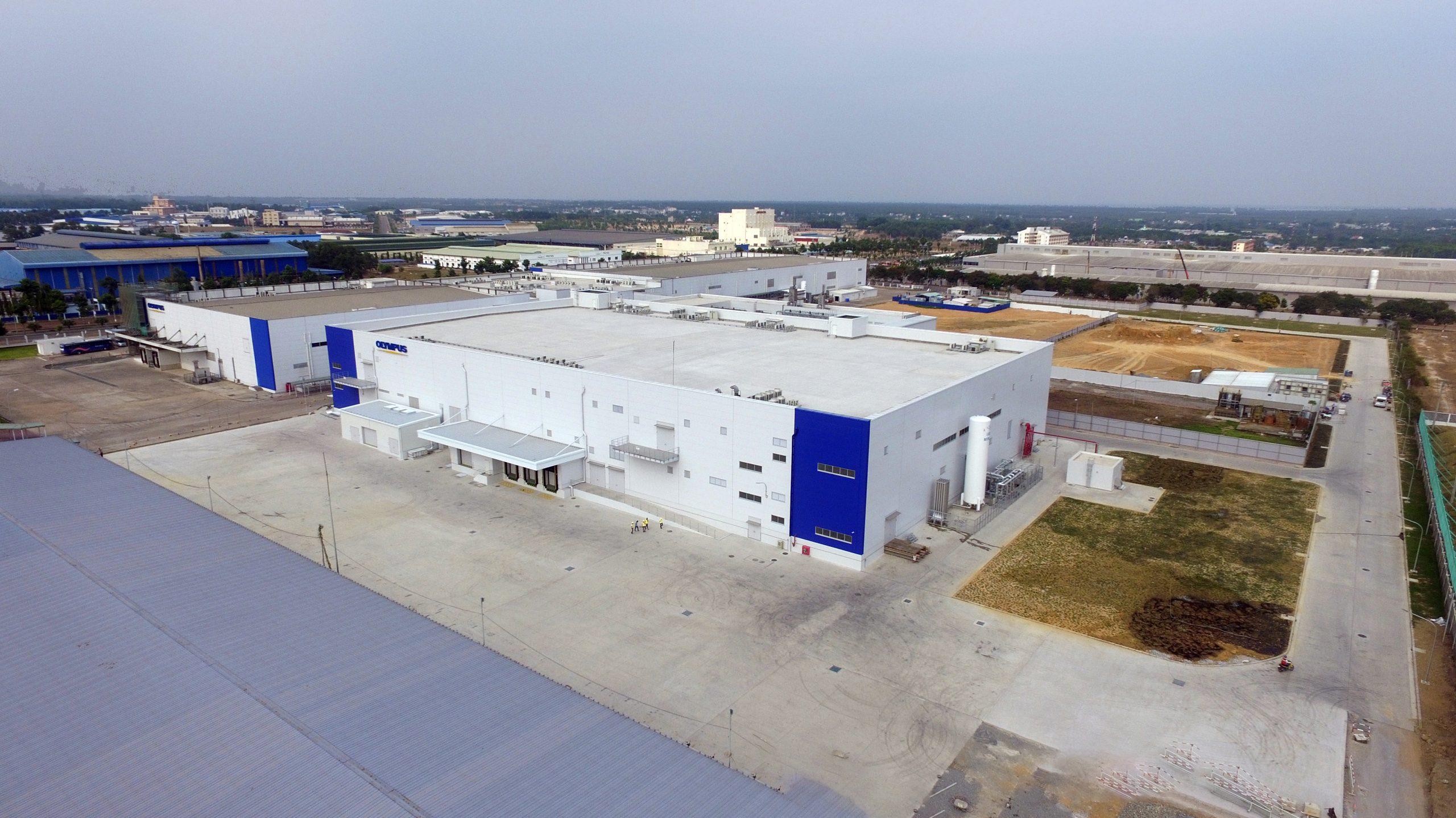 Lê Gia Phúc nhà máy công nghiệp Olympus